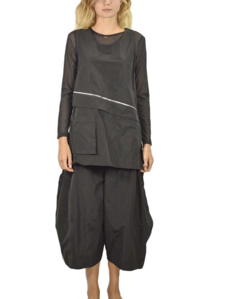 Comfy Milan Topper In Black