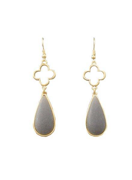 Quatrefoil & Teardrop Earrings In Light Grey