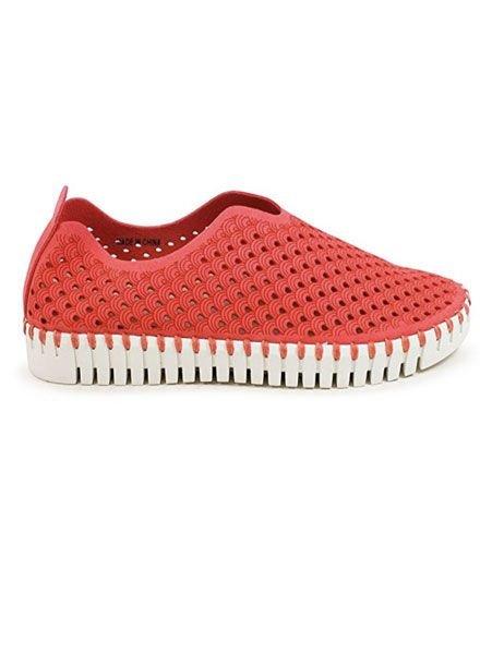 Ilsa Jacobsen Tulip Shoe In Rasberry
