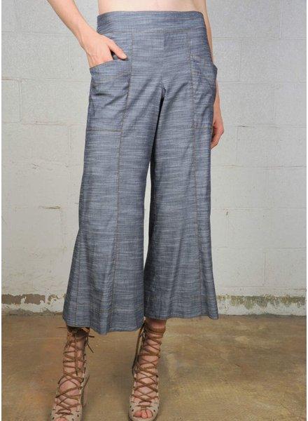 Cotton Crop Pants In Washed Indigo