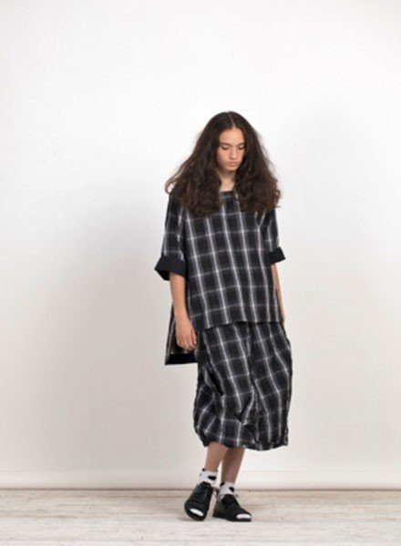 Gershon Bram City Top In B&W Plaid