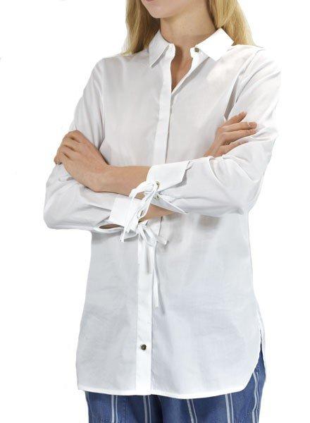 Renuar's Smart, But A Little Sassy Blouse In White