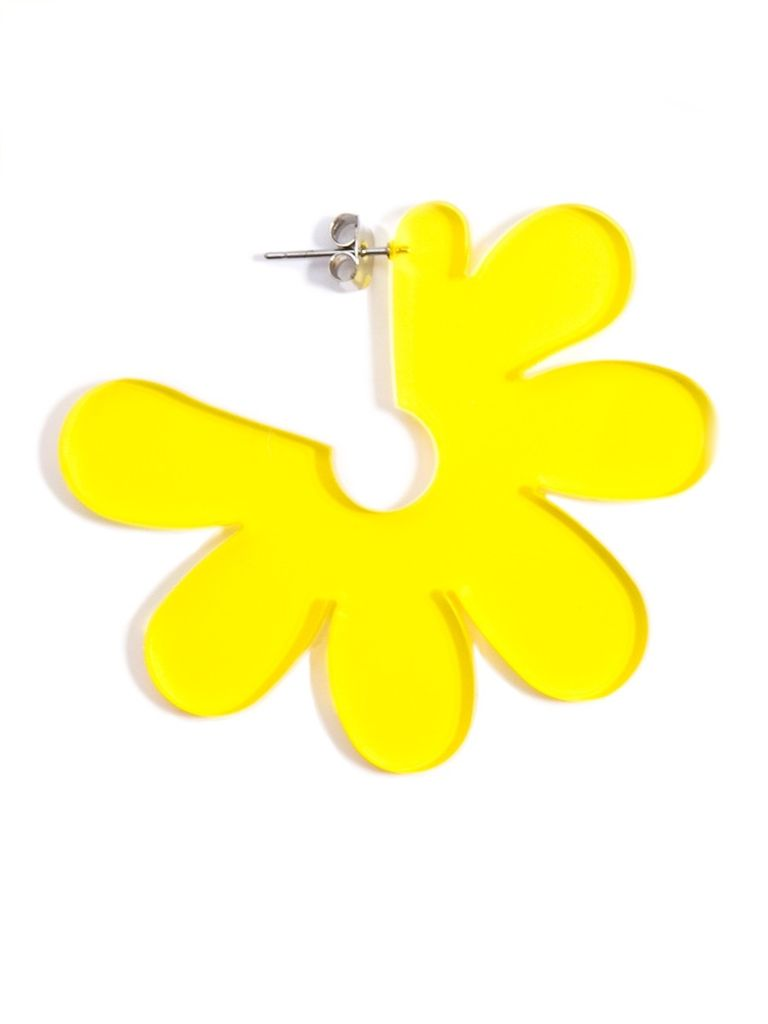 Flat Lucite Flower Earrings In Yellow Shady And Katie