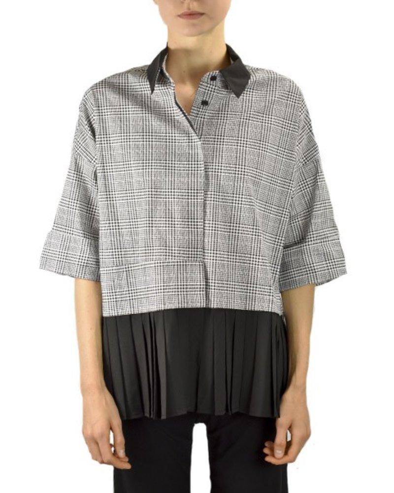 Comfy Nicole Shirt In Carol Print