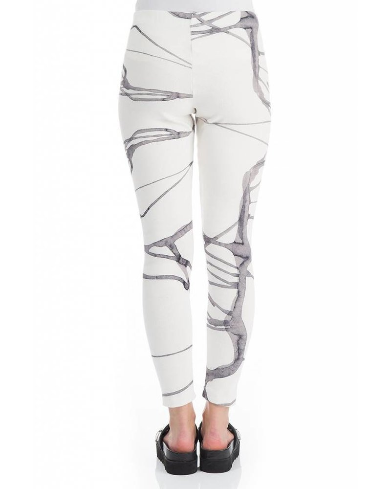 Griza Cotton Leggings In White Abstract