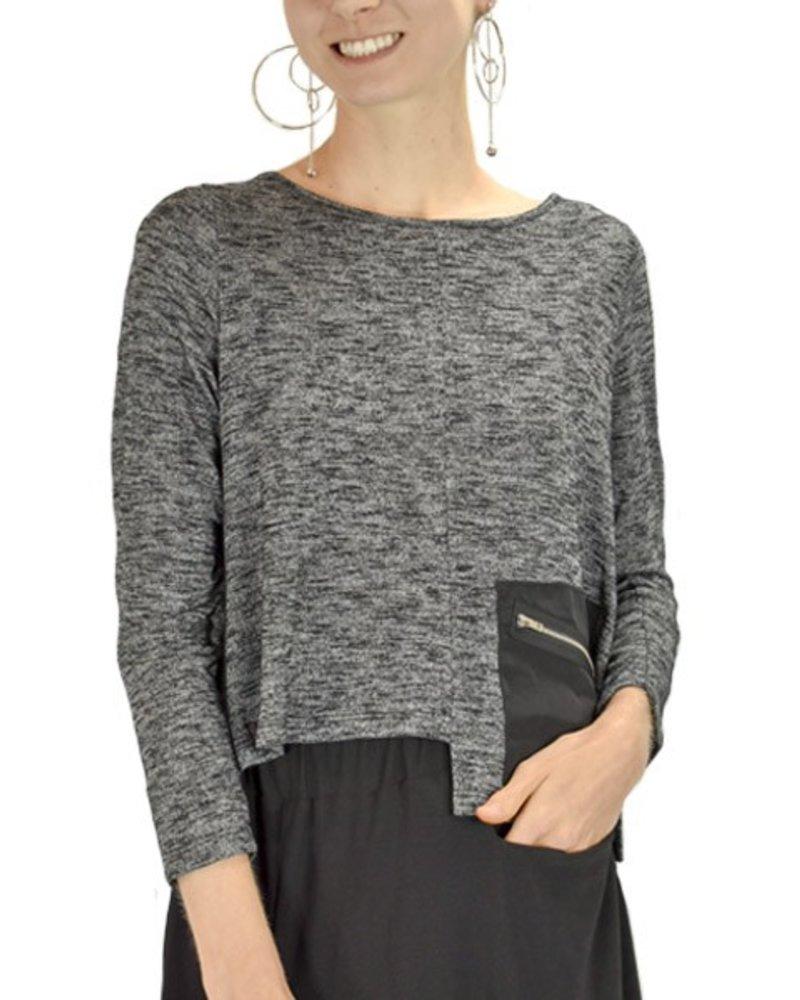 Comfy's Sun Kim Lisa Topper In Black Print