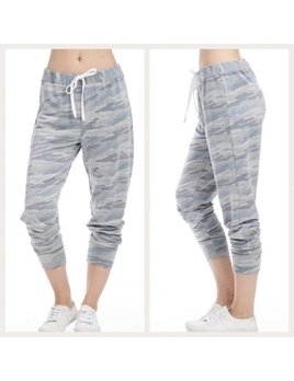 French Terry Camo Cropped Sweatpants