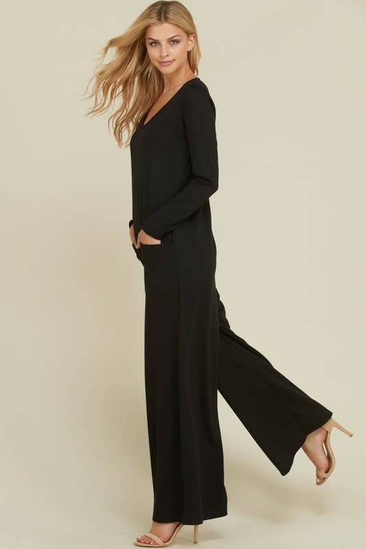 Wide Leg Jumpsuit with Front Pockets