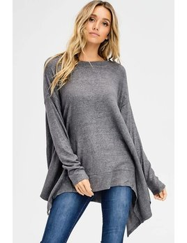 Loose Fit Asymmetrical Hem top
