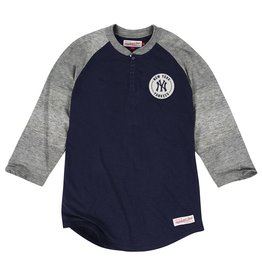 Mitchell & Ness NEW YORK YANKEES MLB UNBEATEN HENLEY