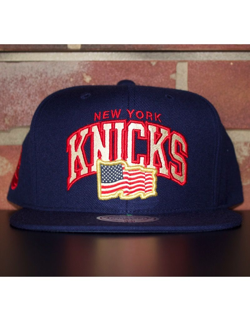 the latest 84bac a9738 NEW YORK KNICKS ARCHED FLAG SNAPBACK - Selfmade Boutique