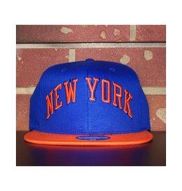 Mitchell & Ness NEW YORK KNICKS WORDMARK 110 FLEX SNAPBACK