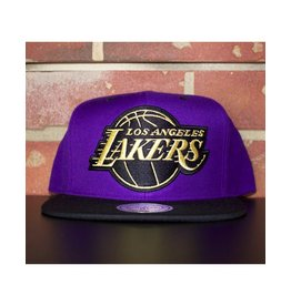 Mitchell & Ness LOS ANGELES LAKERS BLACK AND GOLD SNAPBACK