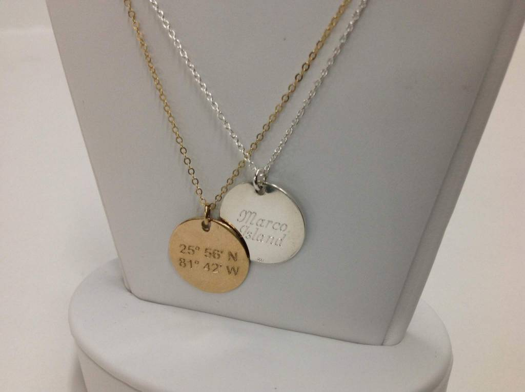 Lat Lo Disc Necklace Sm