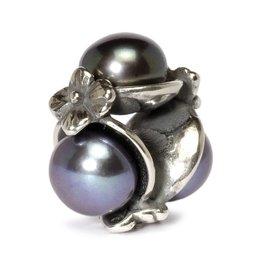 Triple Pearl Black TAGBE-00095