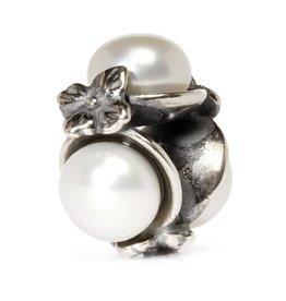 Triple Pearl White TAGBE-00094
