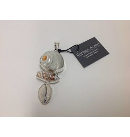 Cinnerus, Olive & Cowry Shell Pendant