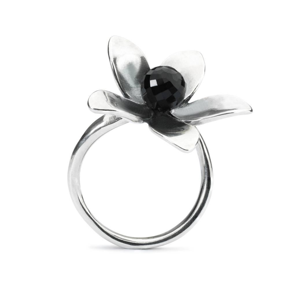 Venus Flower Ring