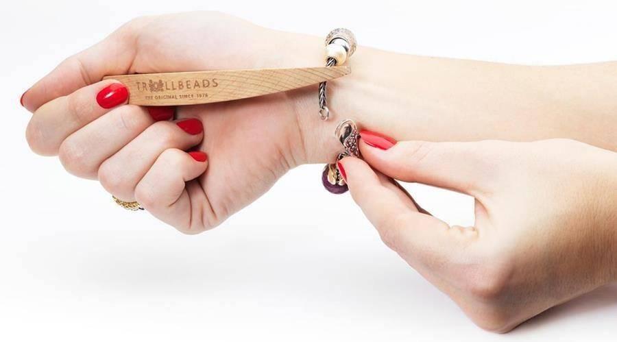 Bracelet Helper by Trollbeads