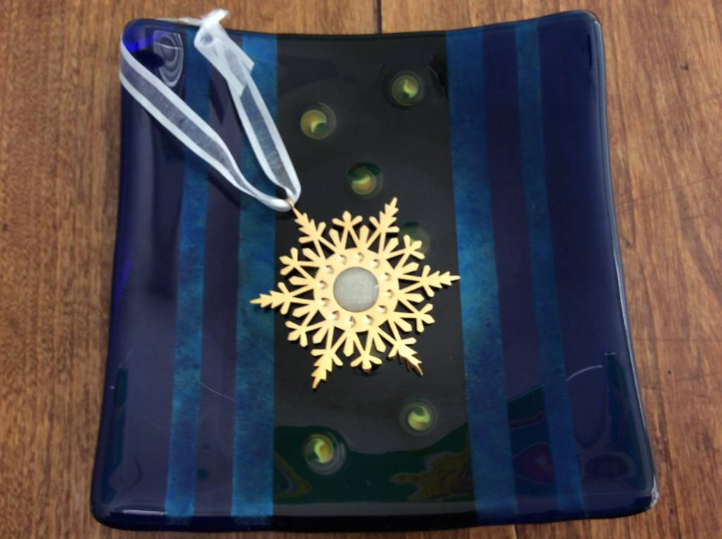 Snowflake Ornament w/ Marco Island Sand (Gold)