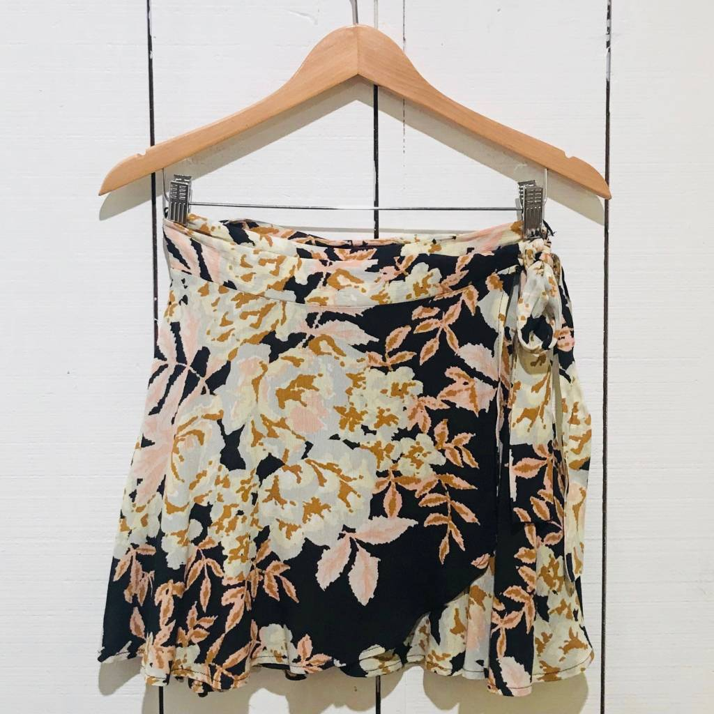 Vintage Havana Tropical Print Ruffle Skirt