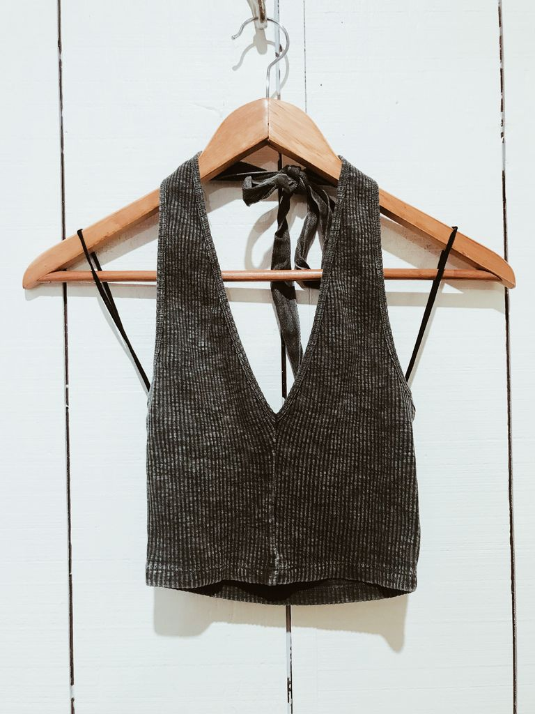 EM & ELLE Ribbed Vee Neck Halter Crop Top