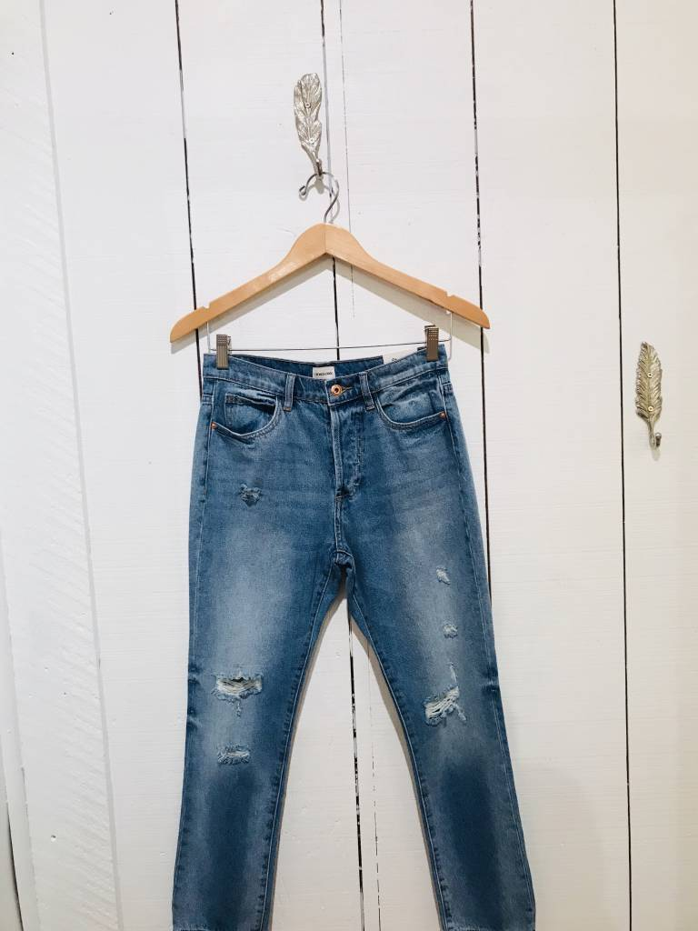 Sneak Peek High Rise Cropped Straight Jean