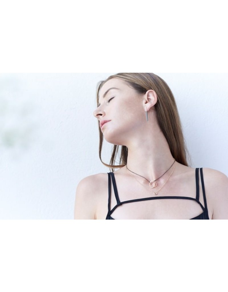 Colleen Mauer Designs Short Black & Rose Gold Virga Posts
