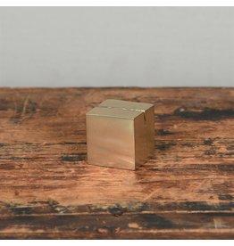 HomArt CAST IRON CUBE PLACE CARD HOLDER - BRASS