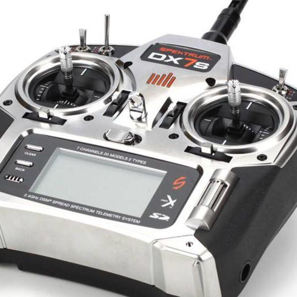 Spektrum DX7s 7 Ch w/ AR8000 NO SX's MD2
