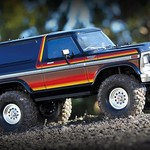 Traxxas 82046-4 - Ford Bronco RAINBOW : 4WD Electric Truck with TQi Traxxas Link Enabled 2.4GHz Radio System