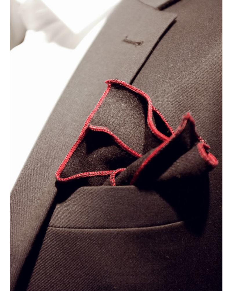 Pochette de costume navy bordure rouge