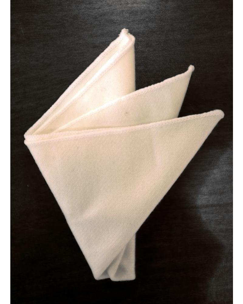 Off white classic pocket square