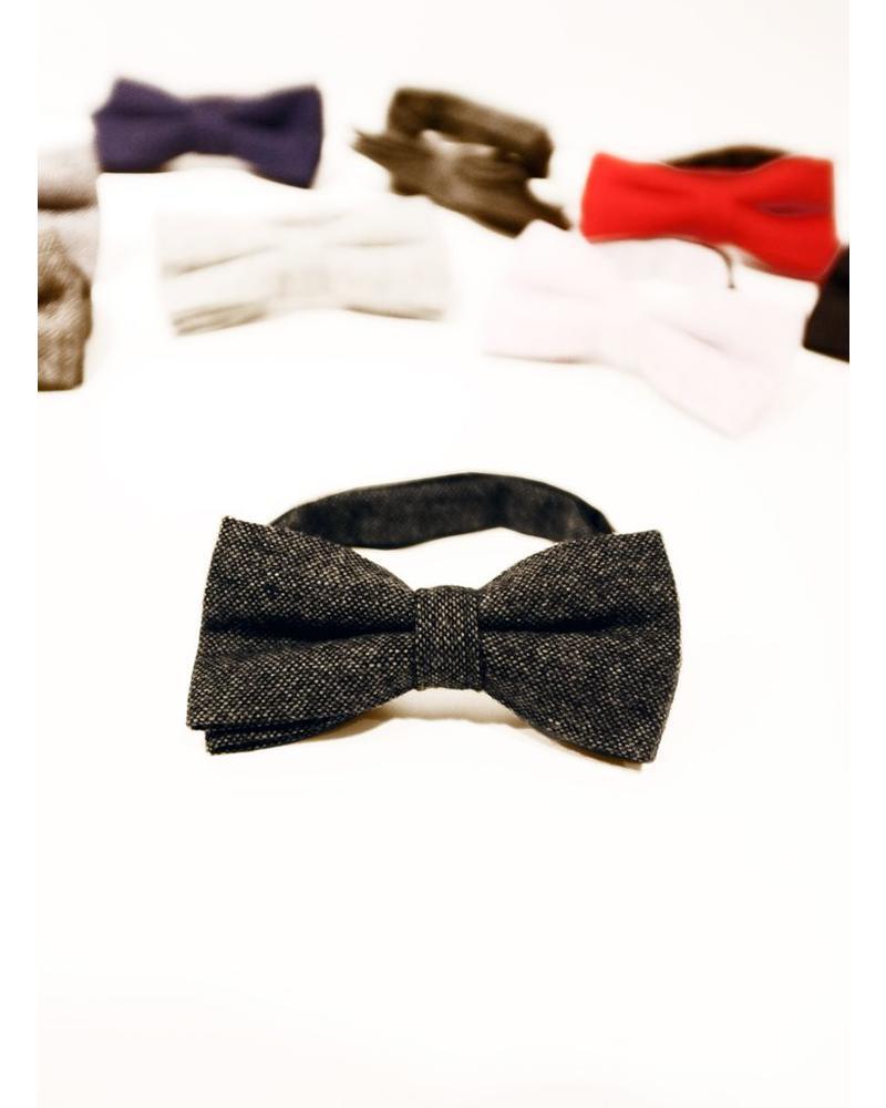 Caviar gray blue bow tie