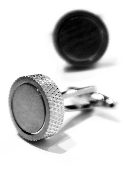 XOOS Brushed steel circular cufflinks