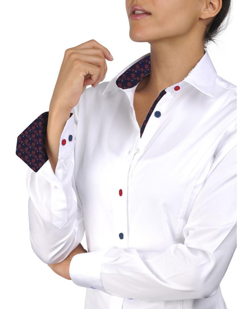 XOOS Chemisier femme blanc doublure marine à fleurs de cerisier et boutons colorés