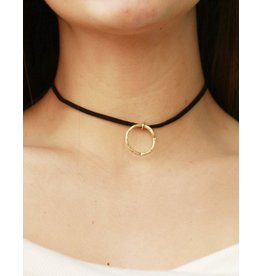 Jewelry 34 Cut-Out Uneven Round Choker