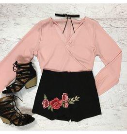 Shorts 58 Rose Embroidered Black Skort