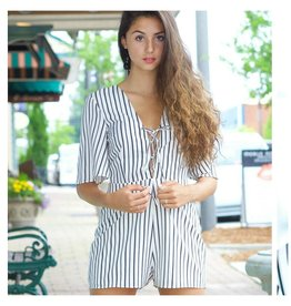 Rompers 48 Lace Up into Summer Stripes Romper