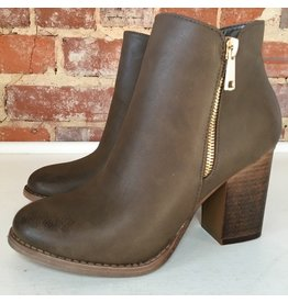 Shoes 54 Great Everyday Taupe Booties