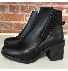 Shoes 54 Take The High Road Black Bootie