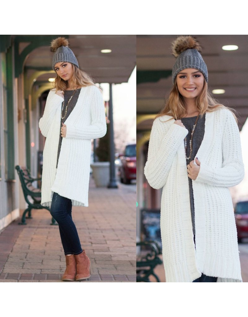 Tops 66 Winter Chenille Snow Cream Cardigan