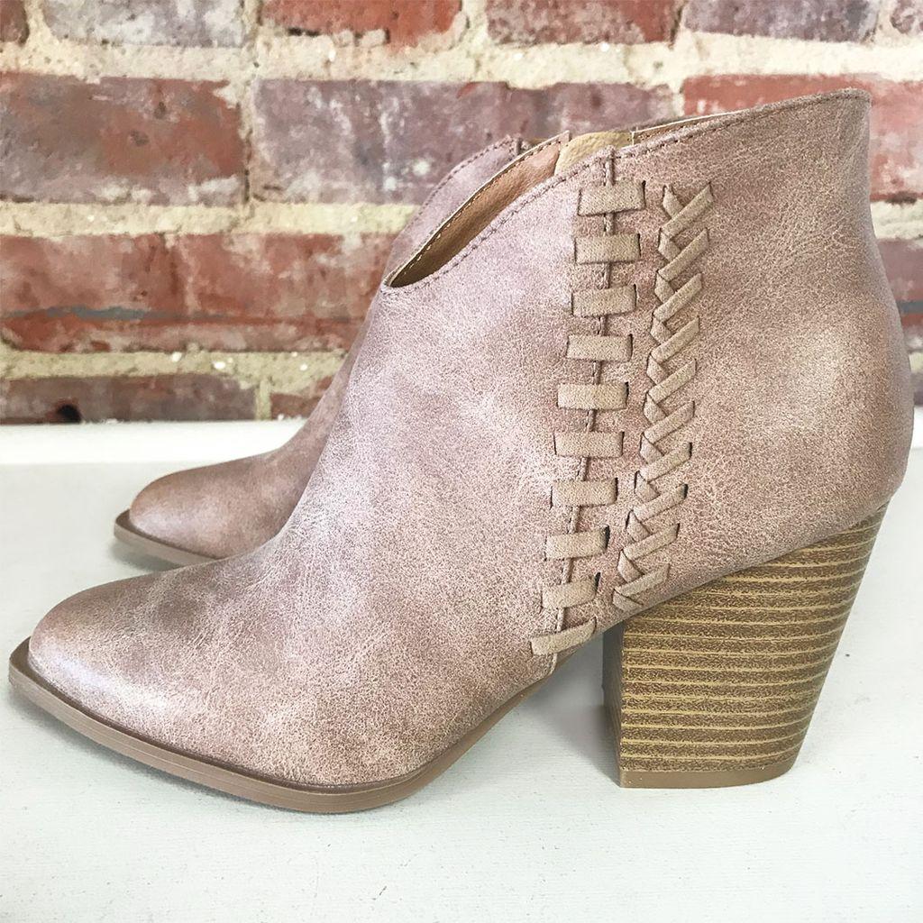 Shoes 54 Stride Tan Bootie