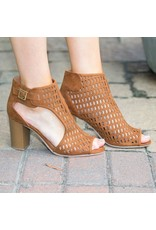 Shoes 54 Stride Right Tan Heel
