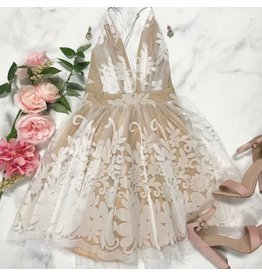 Dresses 22 Tulle Occasion White/Nude Formal Dress