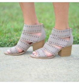 Shoes 54 Summer Strides Taupe Sandal