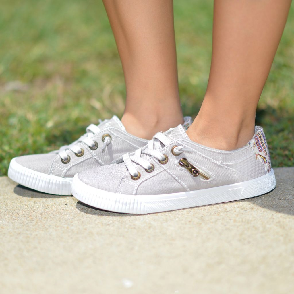 Shoes 54 BlowFish Fruit Grey Sneakers