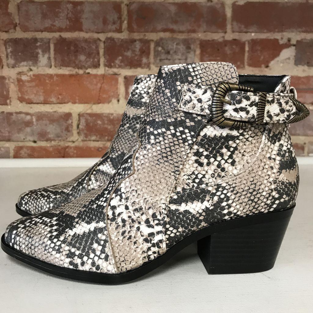 Shoes 54 Snake Print Beige/Brown Bootie