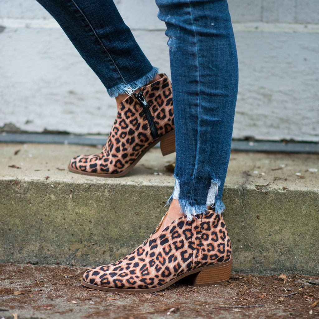 Shoes 54 Leopard Print Bootie
