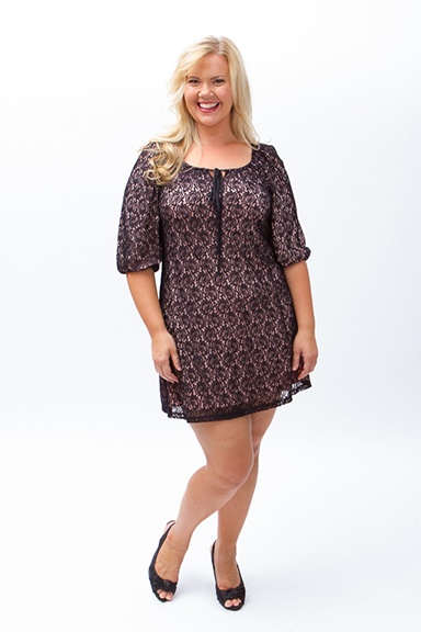 Lee Lee's Valise Brianna Lace Dress in Black/Pink